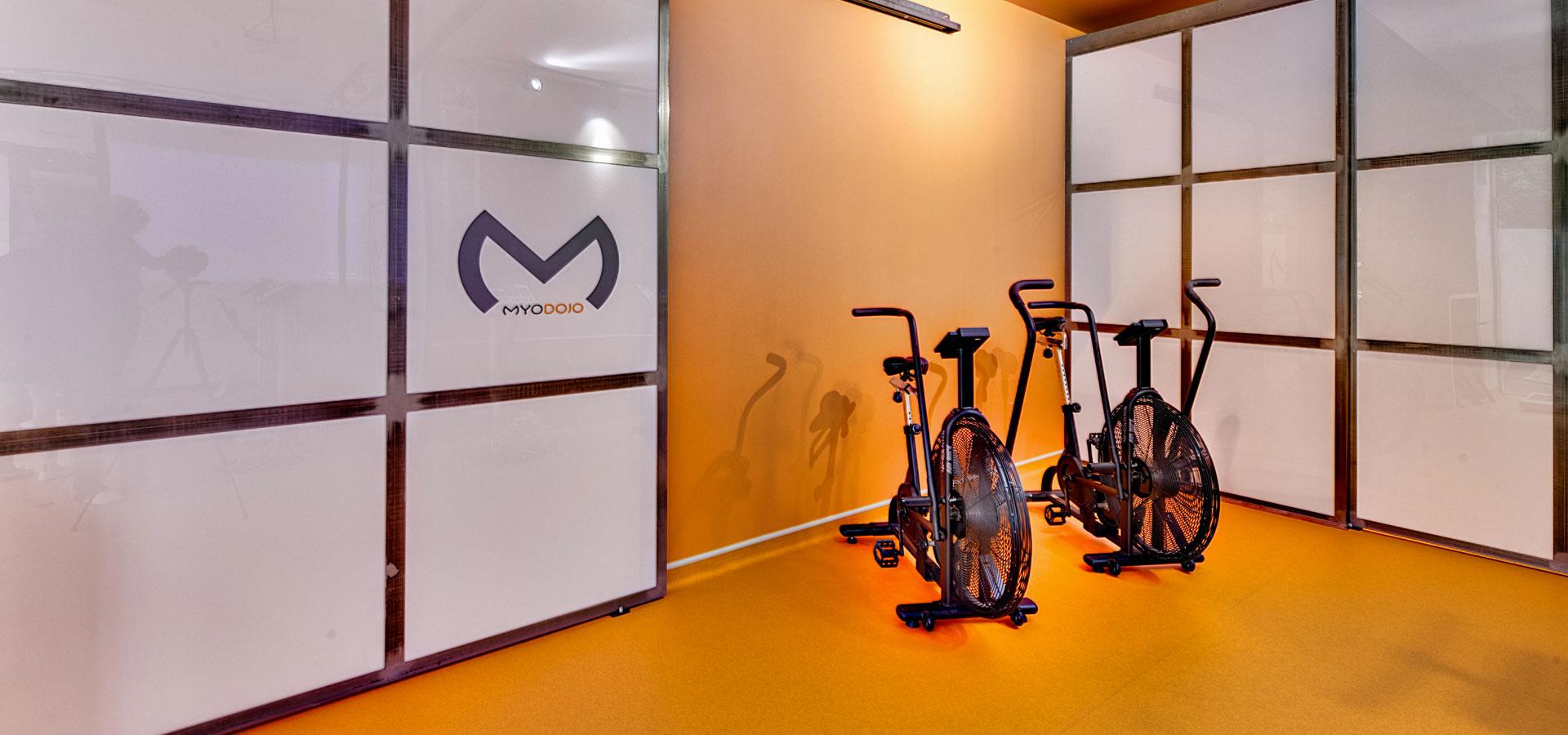 Vélo-séance-métabolique-studio-MYO-DOJO